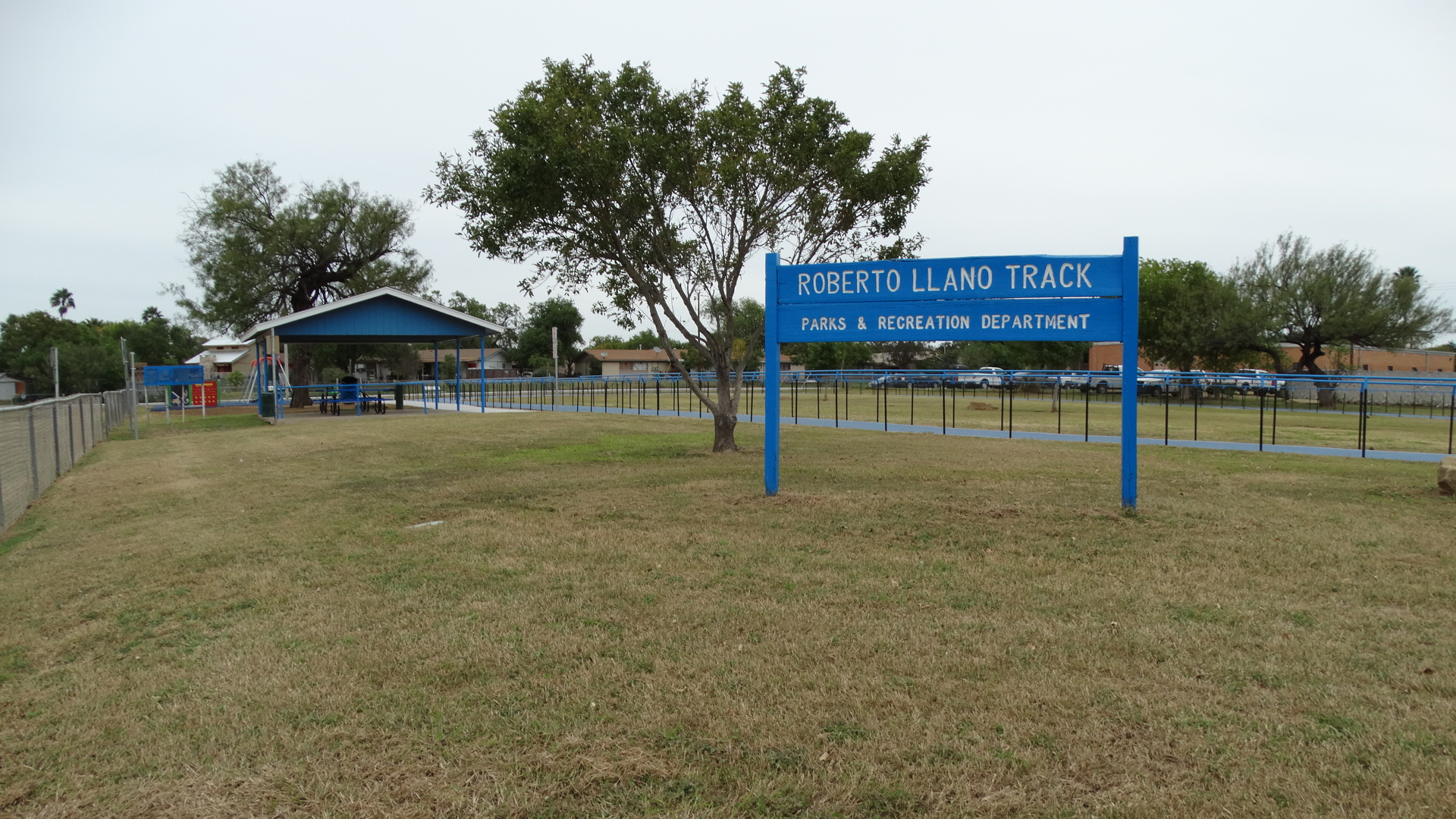 Robert De Llano Track
